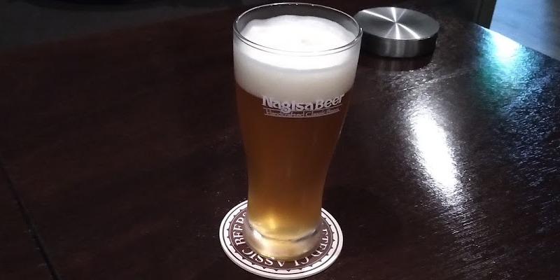 和歌山のナギサビールを注文