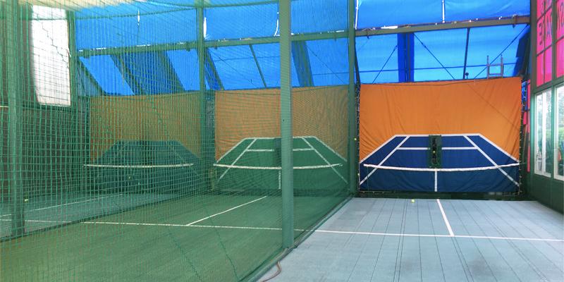 オートテニスは三面