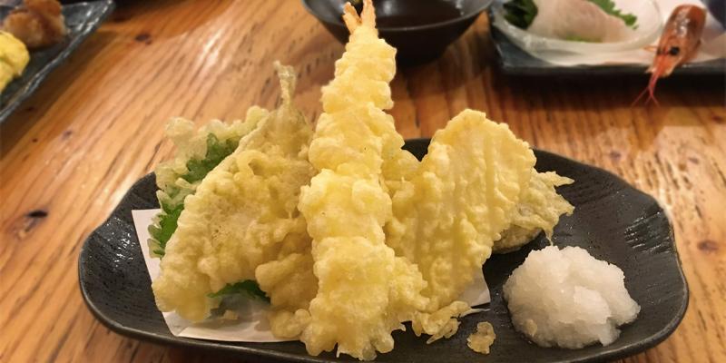 やたいやの天ぷらの盛り合わせ