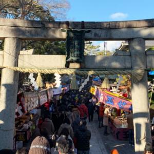 茨木神社の境内