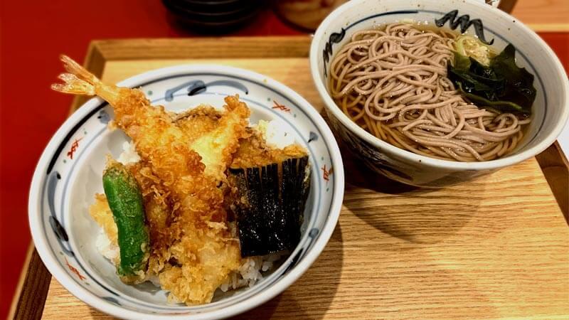 おた福 ロサヴィア茨木店の海老野菜天丼セット