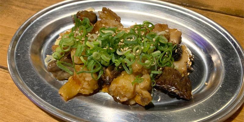 近江牛ホルモン焼き(680円)