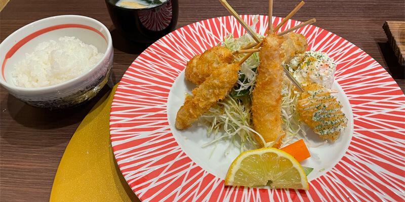 串やでござる茨木店の串揚げランチ