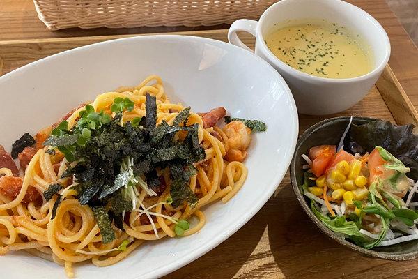 茨木市『隠れ家カフェ木の香』古民家カフェでゆったりランチ!レトロで静かな空間