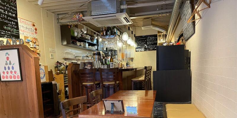 イバラキ洋食酒場grand(グラン)の店内