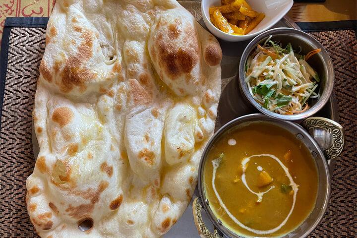 茨木市『カストリーレストラン』ヘルシーなネパールカレーが食べれるカレー店